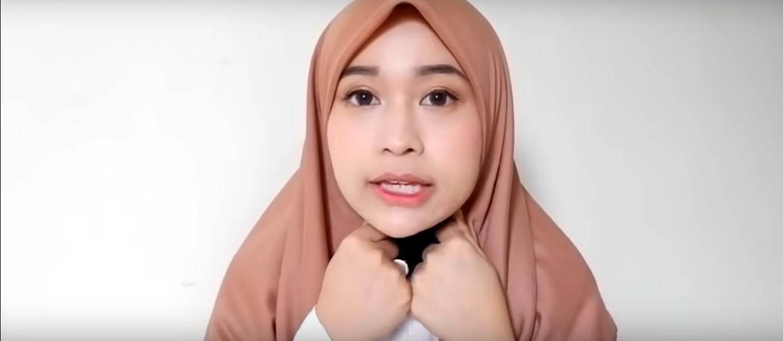 Tutorial Hijab Syar'i Segi Empat