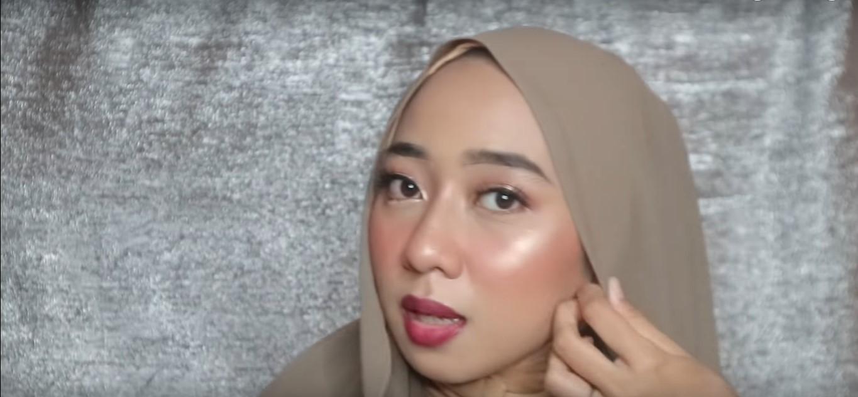 Tutorial Hijab Untuk Wisuda Terbaru