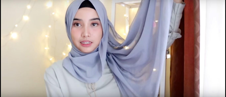 Tutorial Hijab Wisuda Menutup Dada