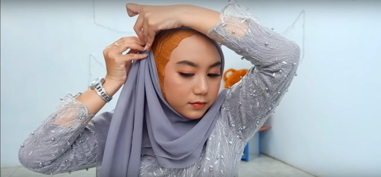 Tutorial Model Hijab Untuk Kebaya