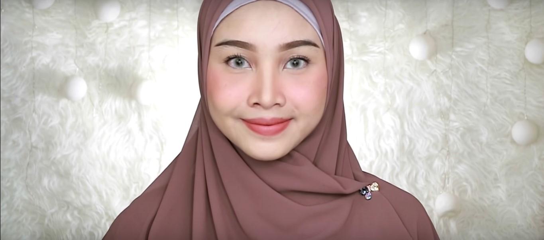 Tutorial Model Hijab Wisuda