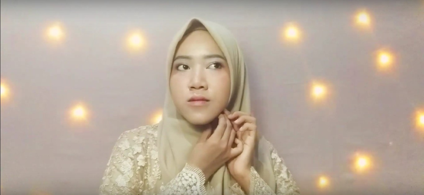 Video Tutorial Hijab Kebaya