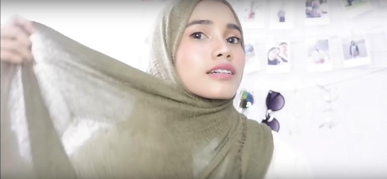 Video Tutorial Hijab Pashmina Rawis Renda
