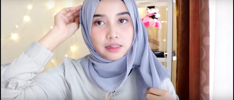 Video Tutorial Hijab Untuk Wisuda