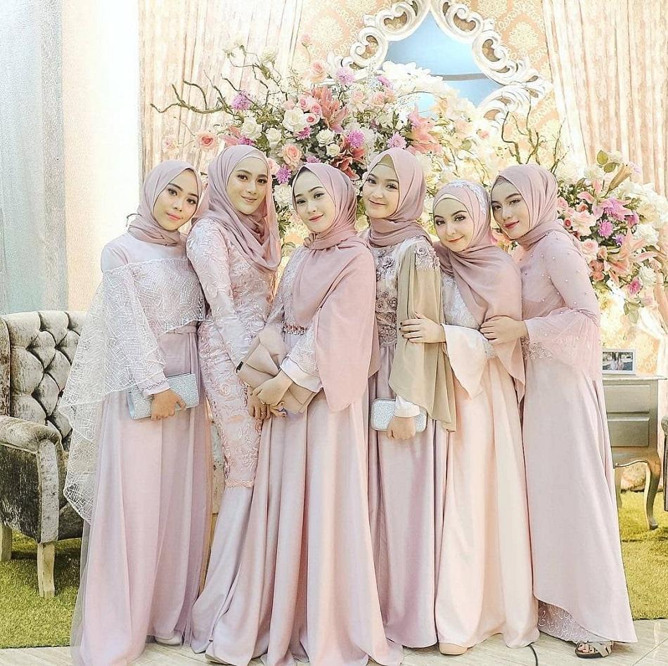 Baju Seragam Bridesmaid Nuansa Pink