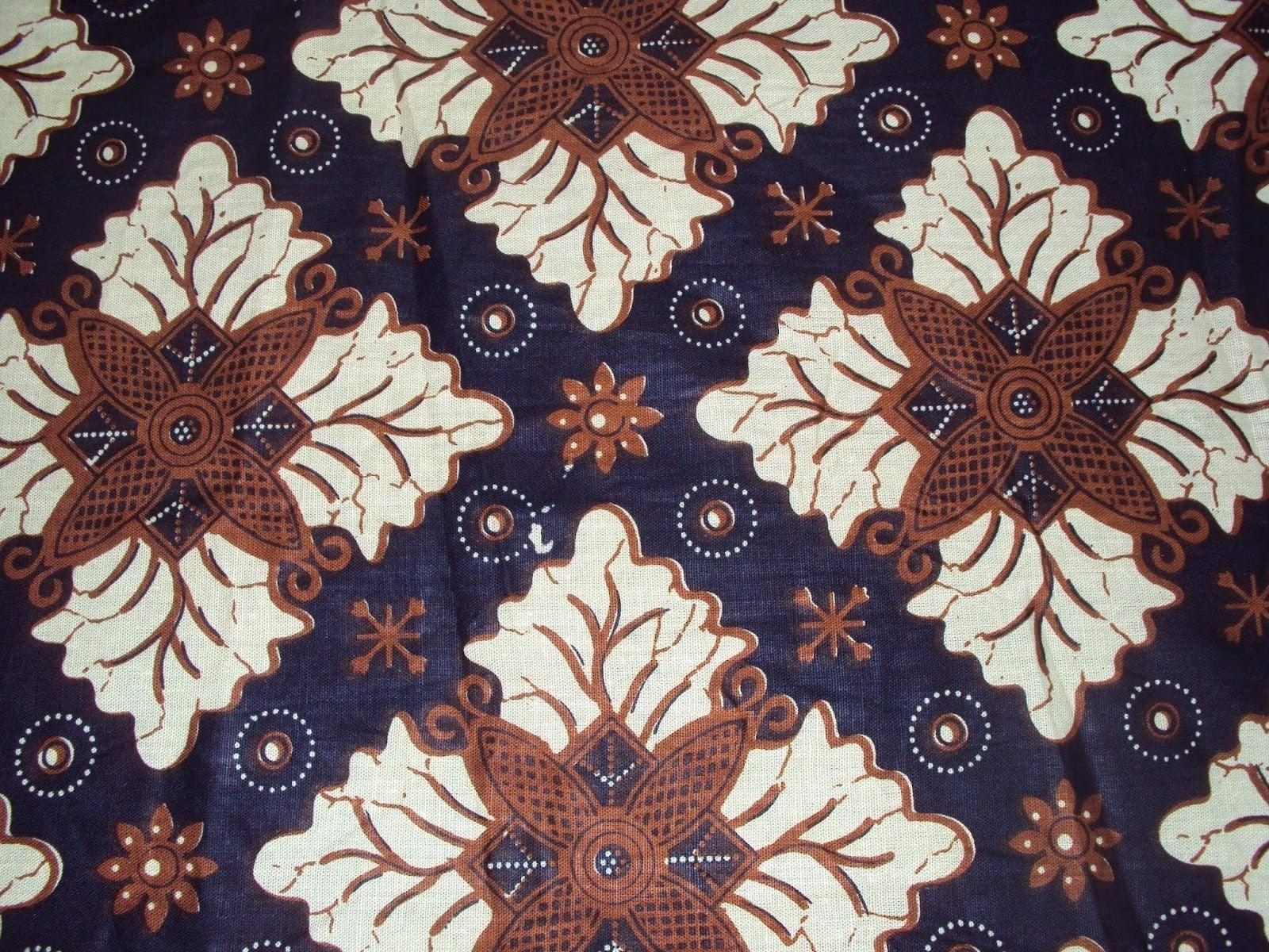 Batik Pekalongan Motif Classic Floral