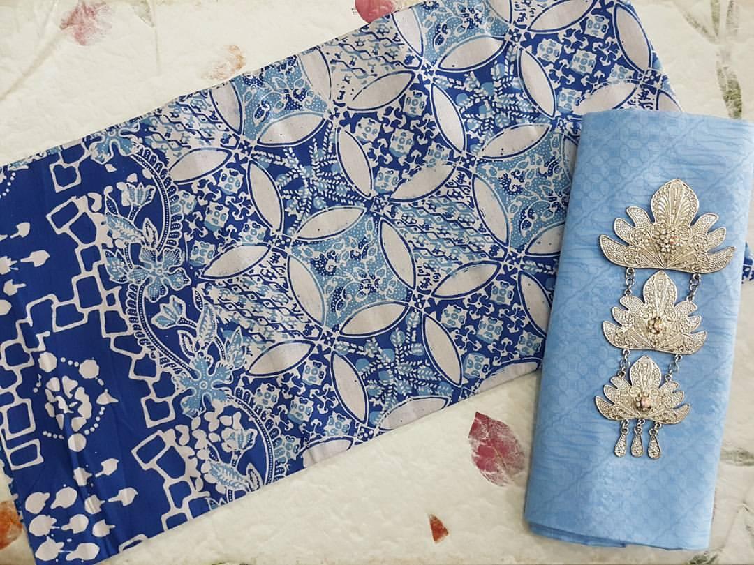 Batik Pekalongan Motif Round Line Bunga