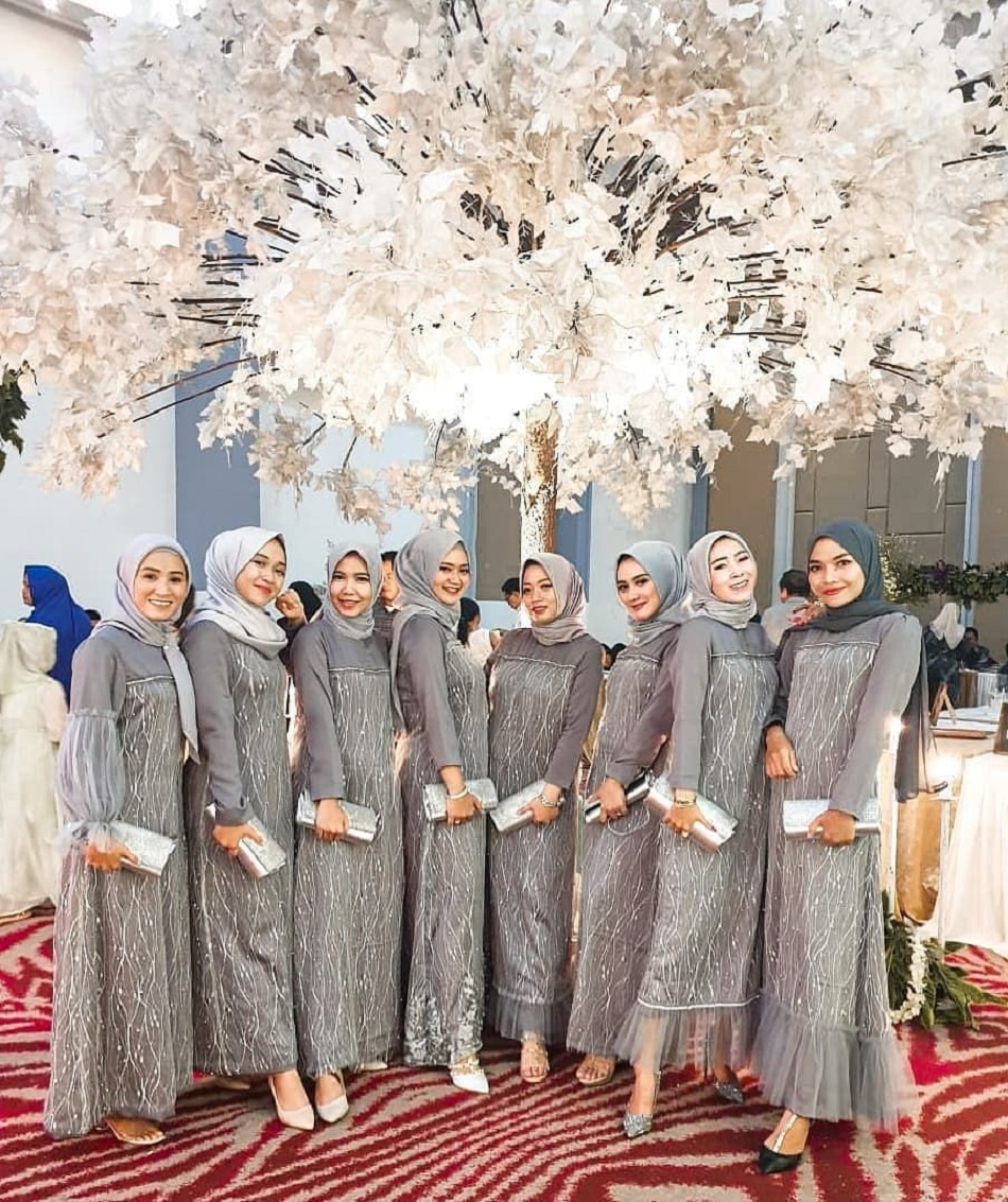 Dress Bridesmaid Full Tile Akar