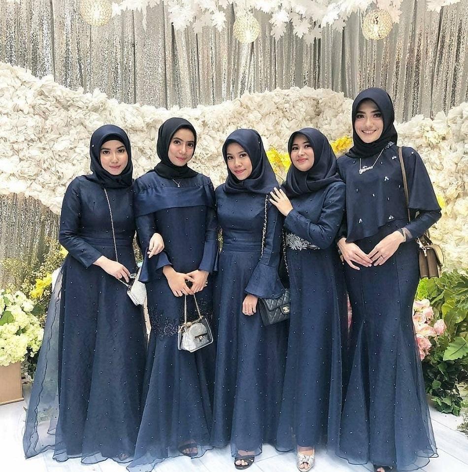 Dress Brokat Manik Biru Navy