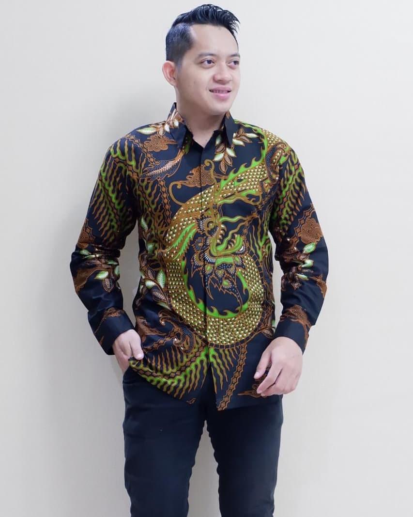 Kemeja Batik Motif Parang Naga Hitam Hijau