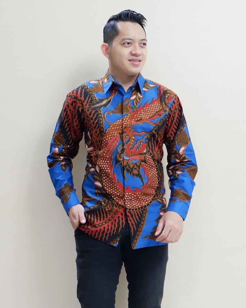Kemeja Batik Motif Parang Naga