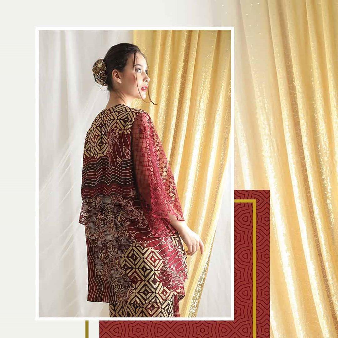 Model Baju Batik Jawa