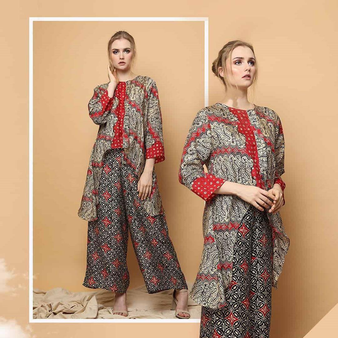 Model Baju Batik Khas Jawa Modern