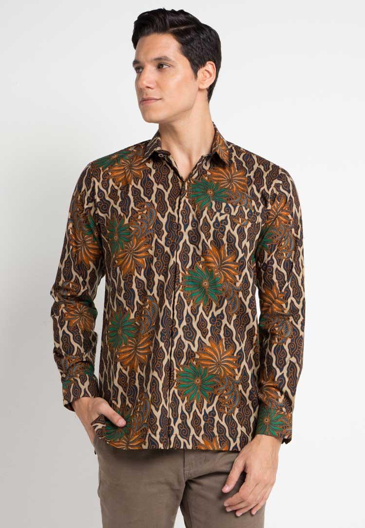 Model Baju Batik Mega Mendung
