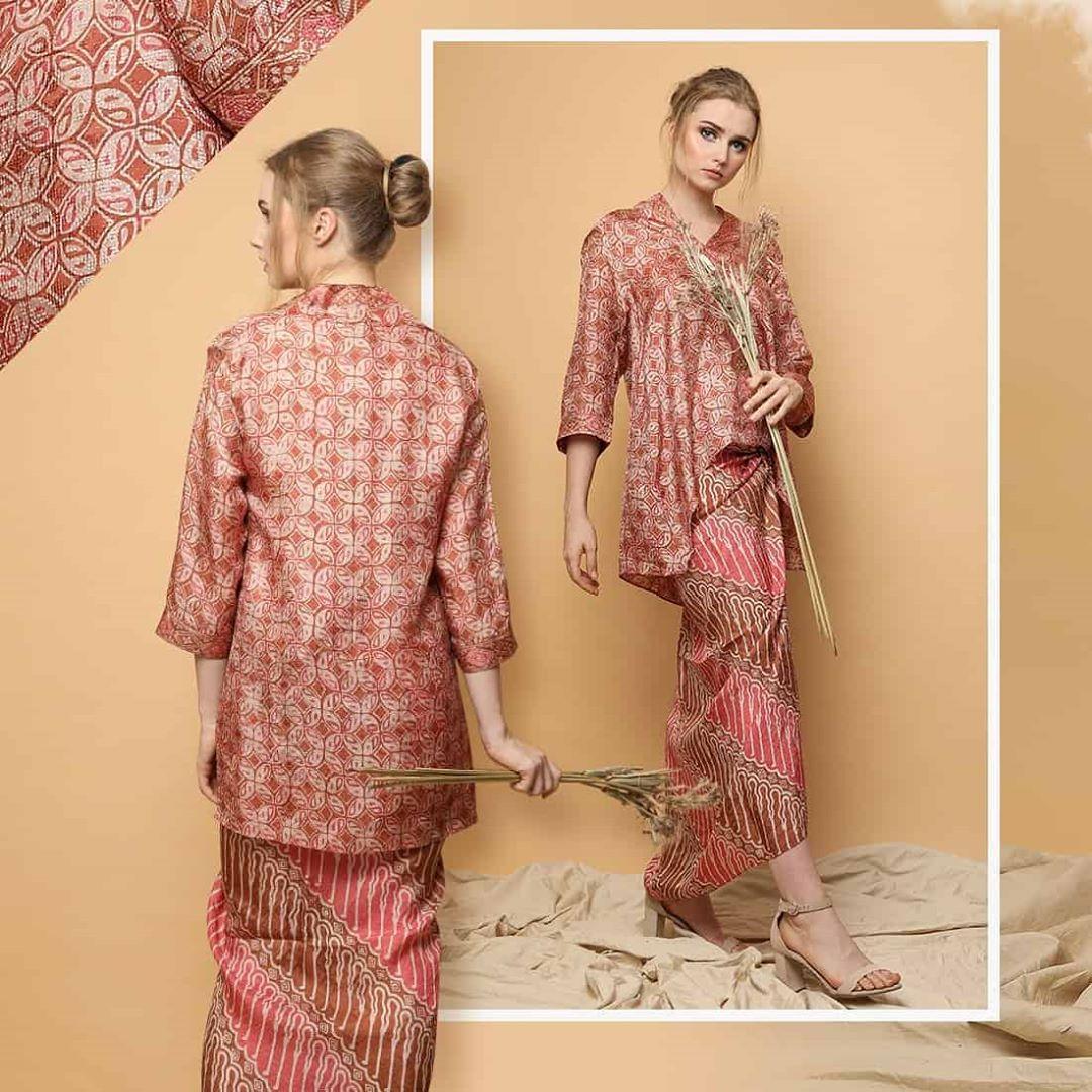 Model Baju Batik Modern Jawa