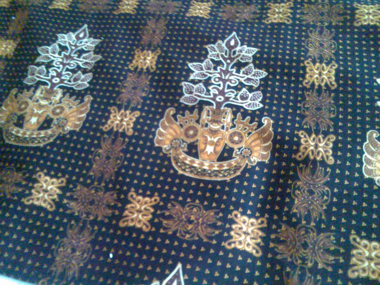 Model Batik Kalimantan Motif Batang Garing