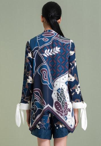 Setelan Wanita Pendek Batik Motif Kawung