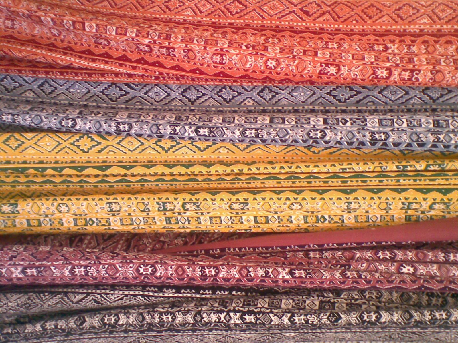 kain batik manado
