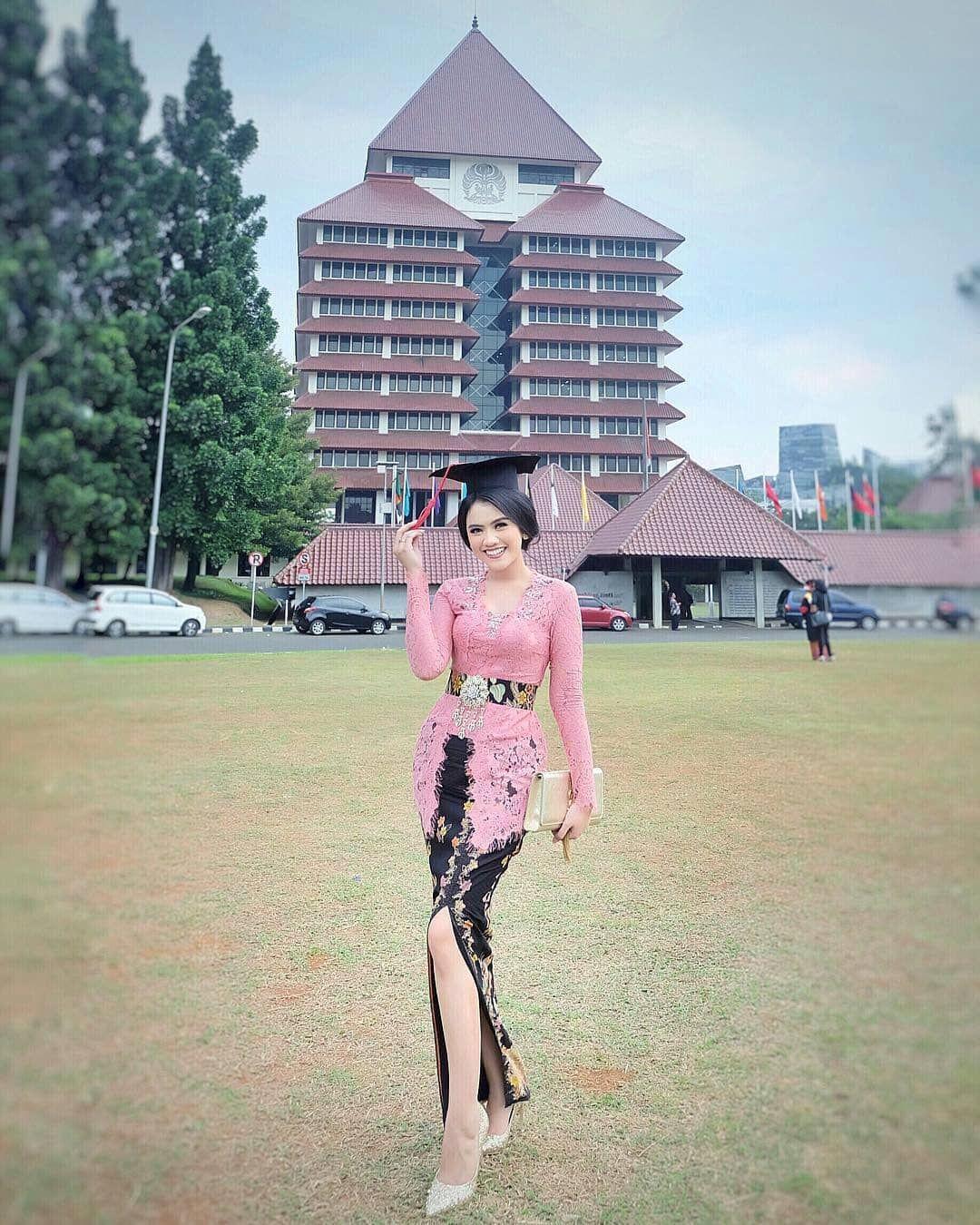 model baju brokat batik