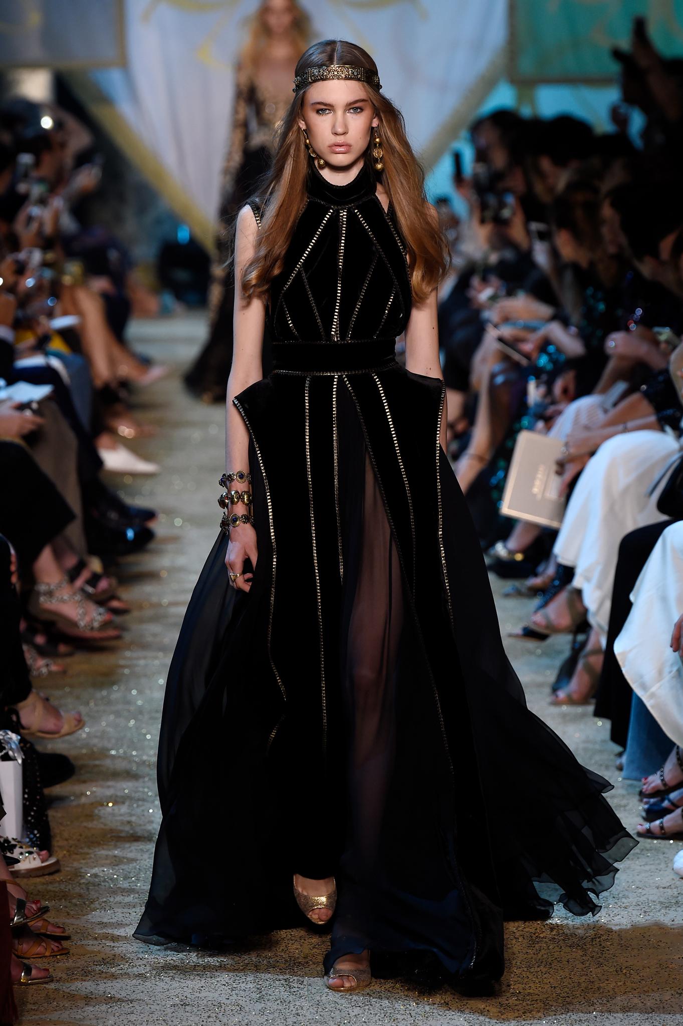 Model Baju Pesta Dress