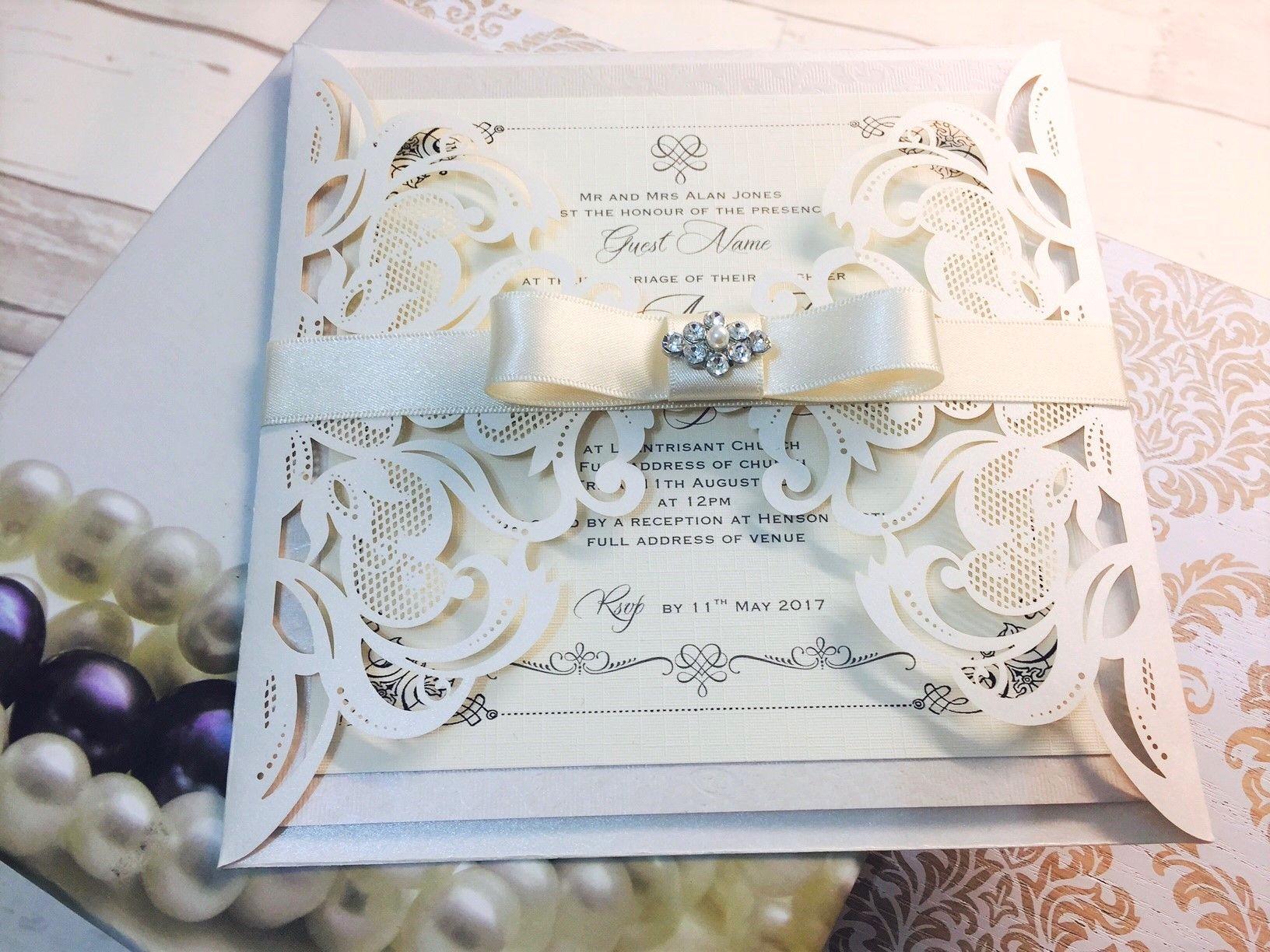 Contoh Undangan Pernikahan Mewah