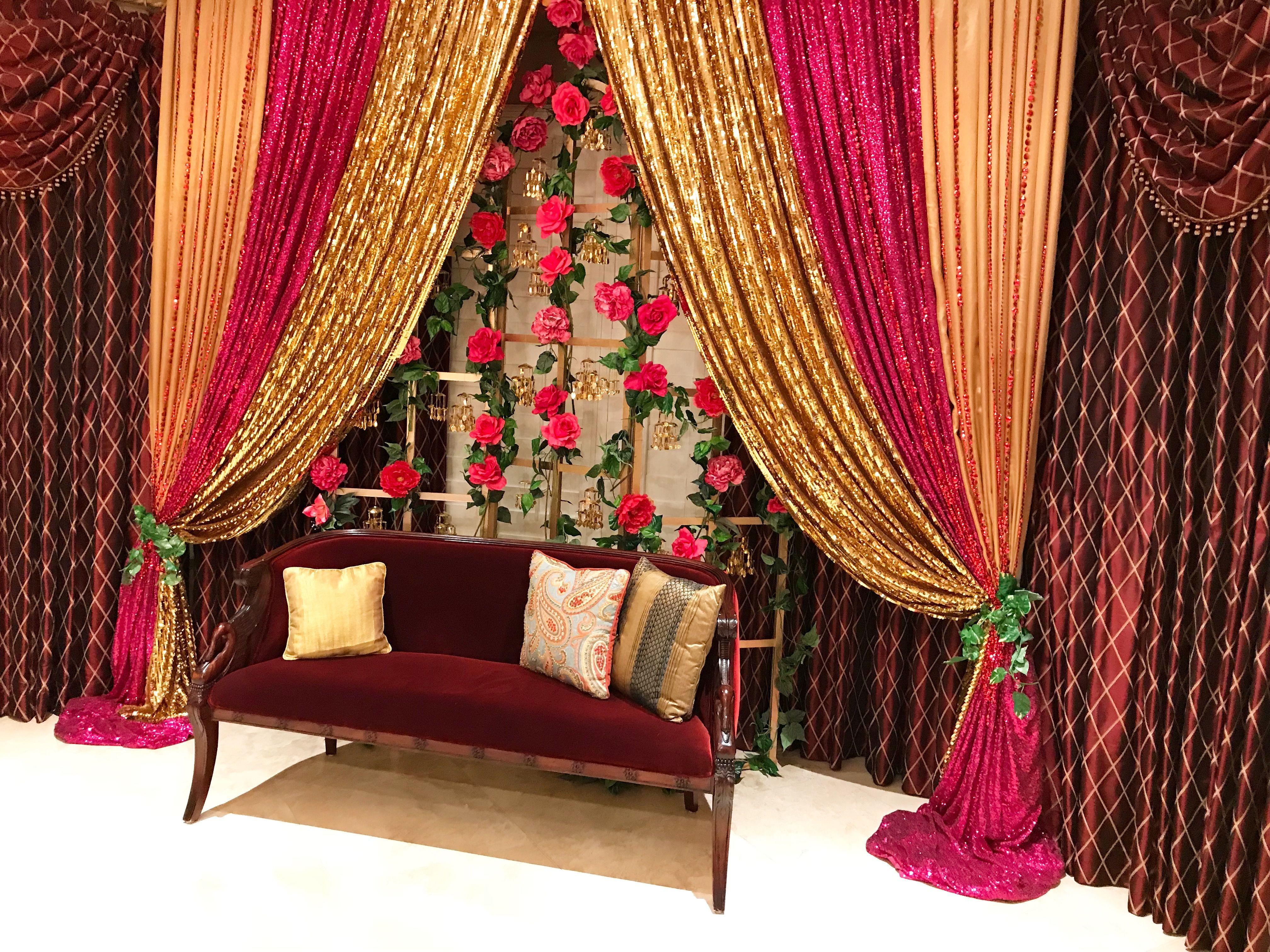 Dekorasi Foto Pernikahan