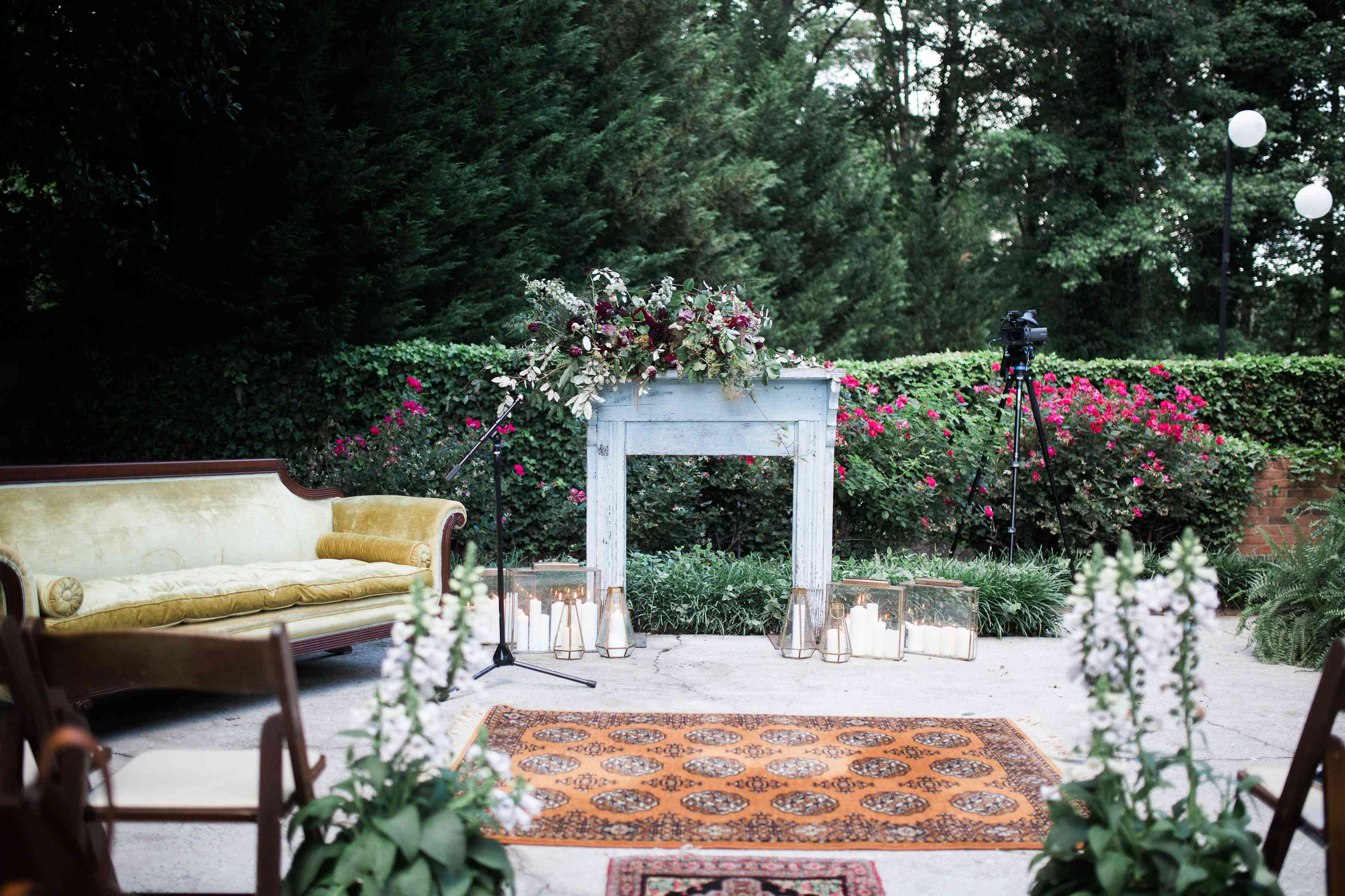 Inspirasi Dekorasi Pelaminan Outdoor