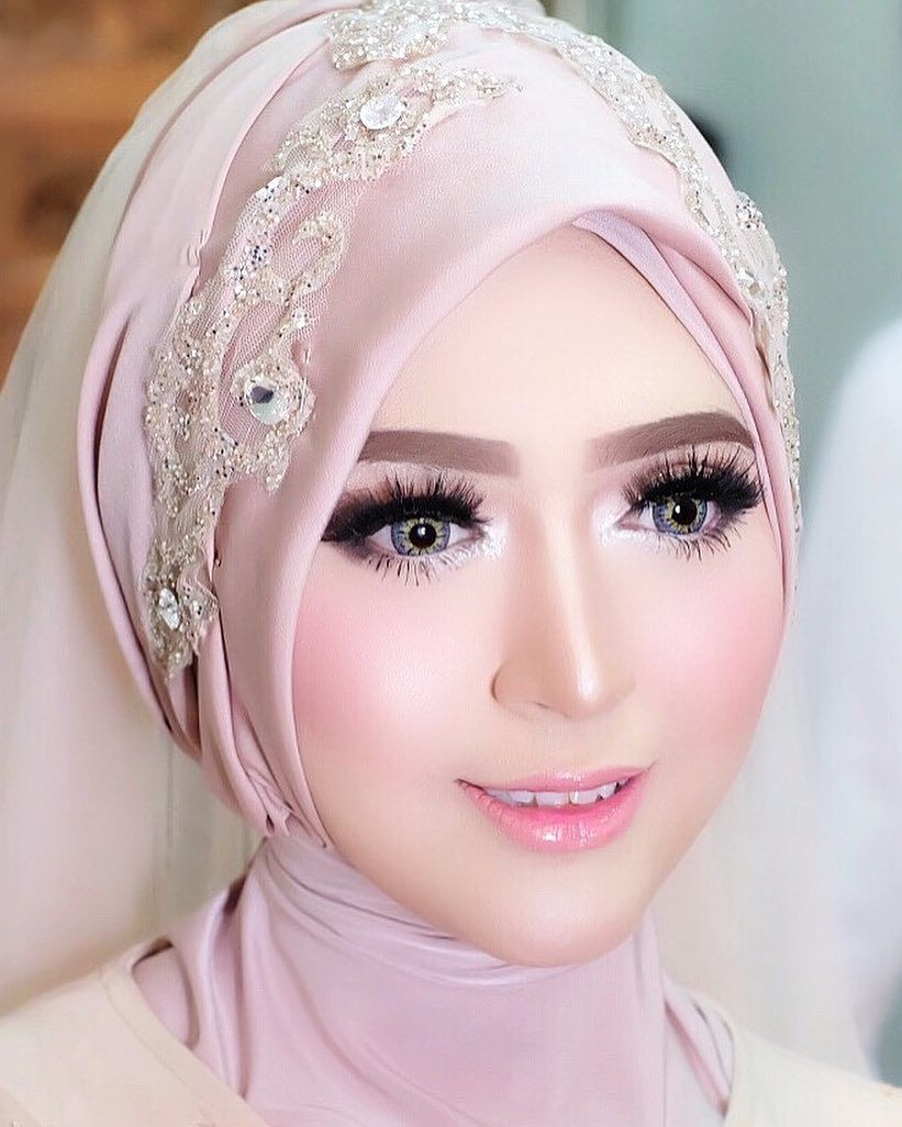 Make Up Pengantin Barbie Look