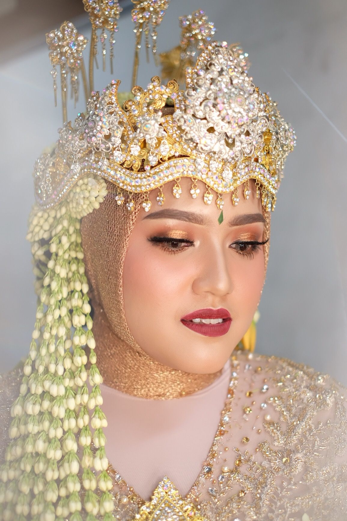 Make Up Pengantin Hijab Syar'i