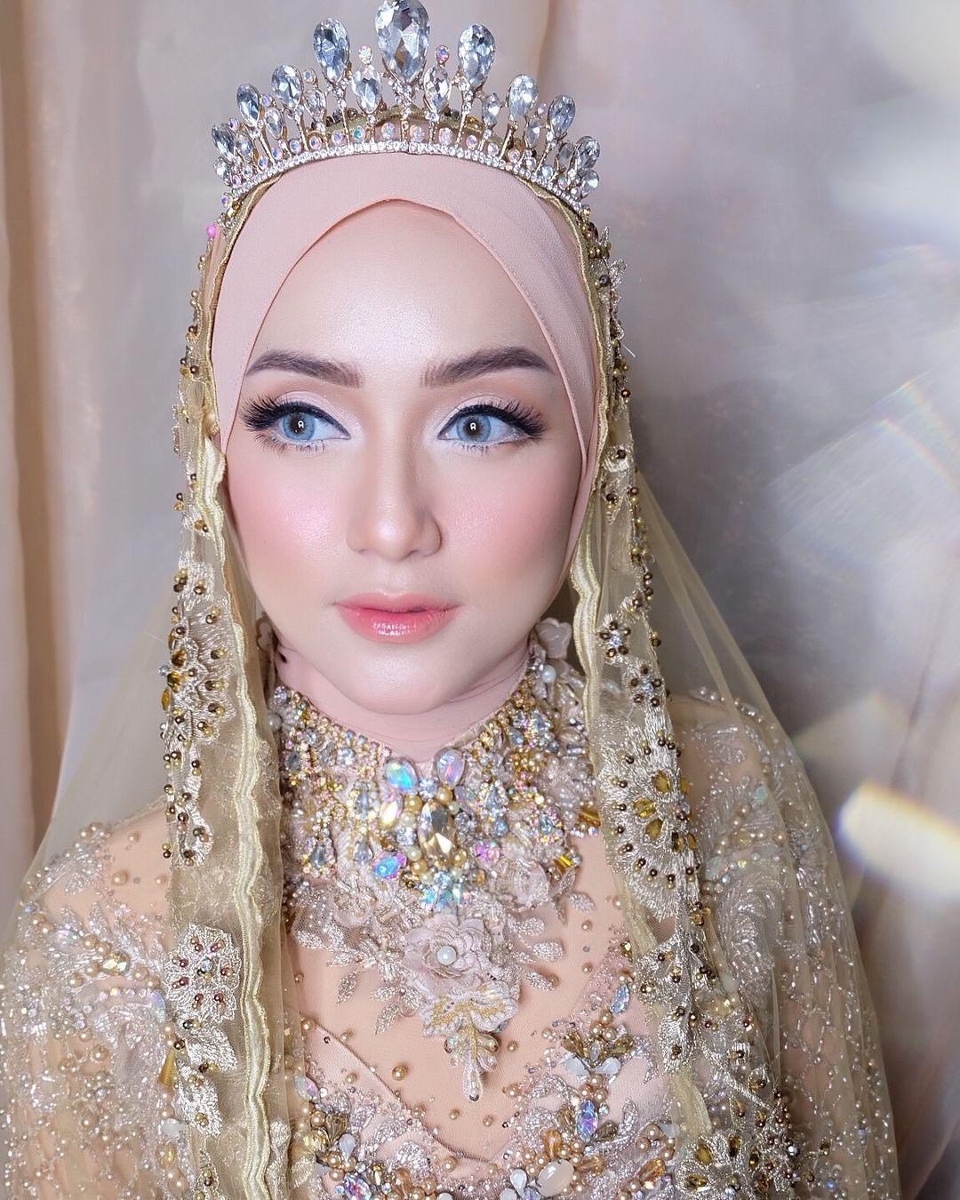 Make Up Pengantin Hijab
