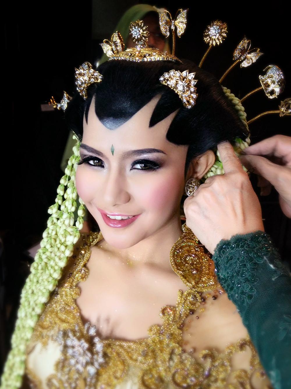 Make Up Pengantin Jawa