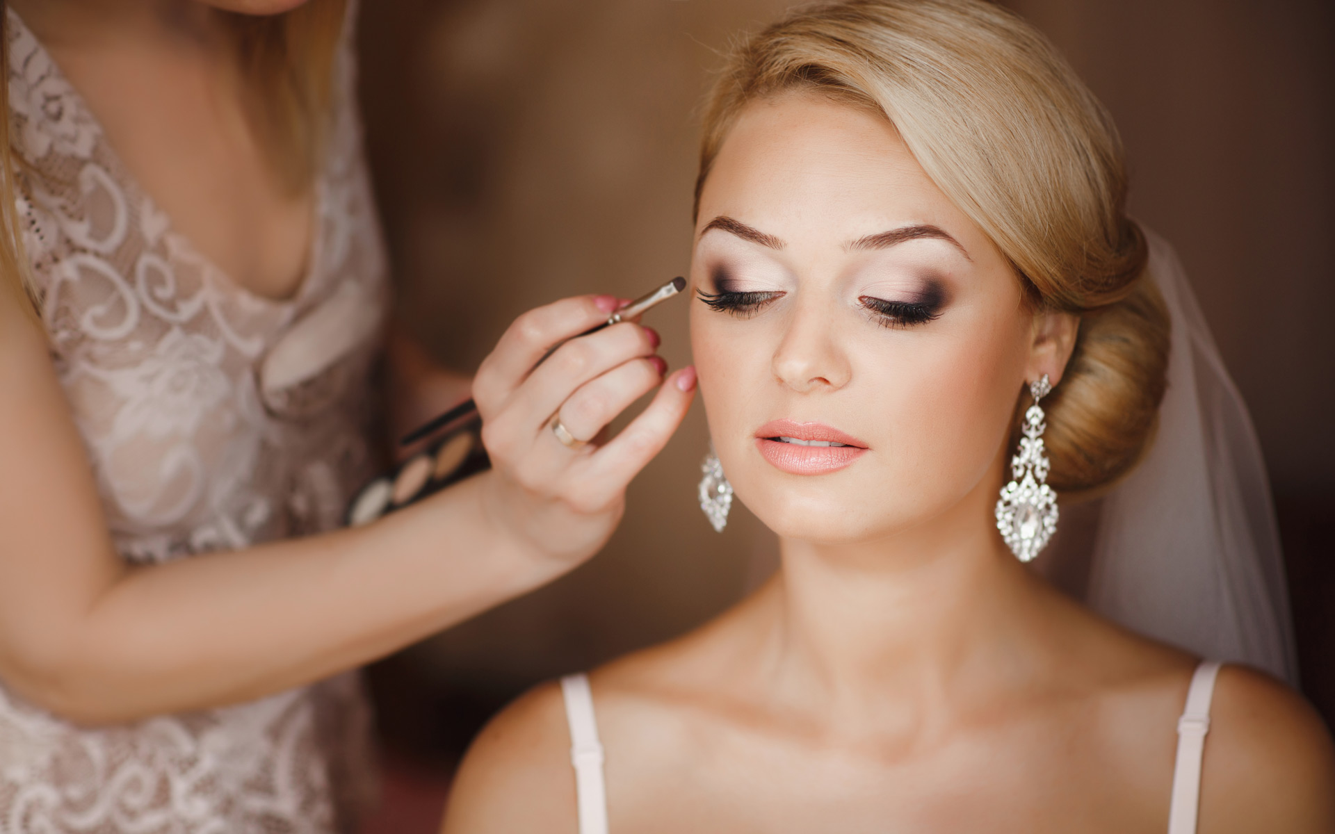 Make Up Rias Pengantin Modern