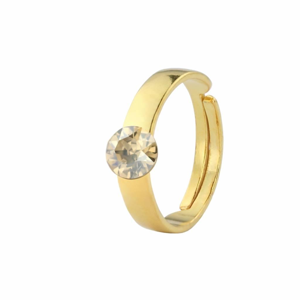 Model Cincin Tunangan Emas Asli