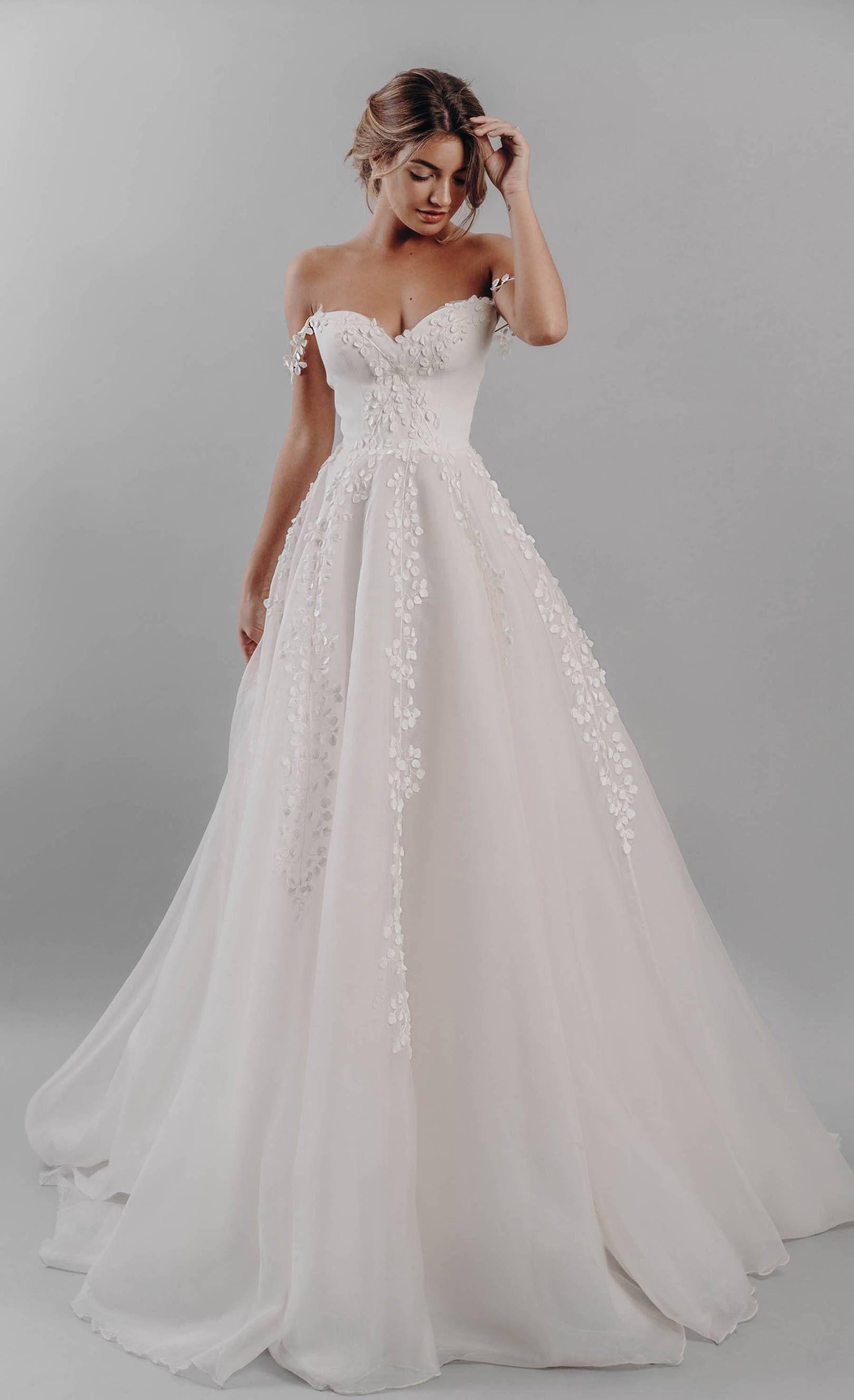Model Gaun Pengantin Elegan Dan Mewah