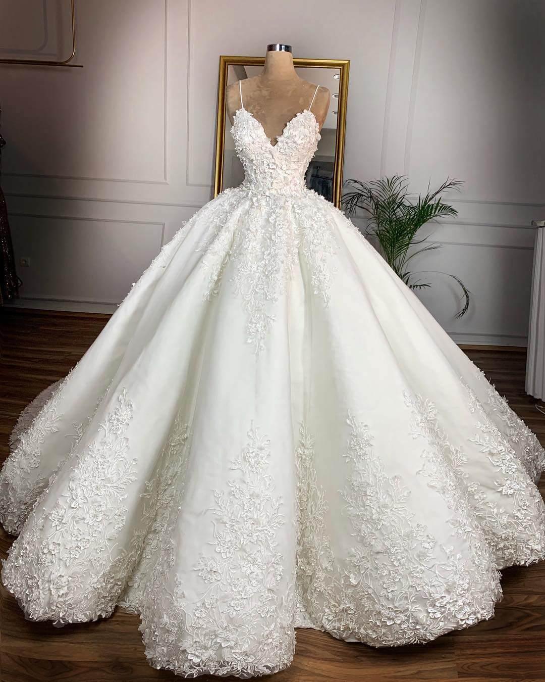Model Gaun Pengantin Elegan