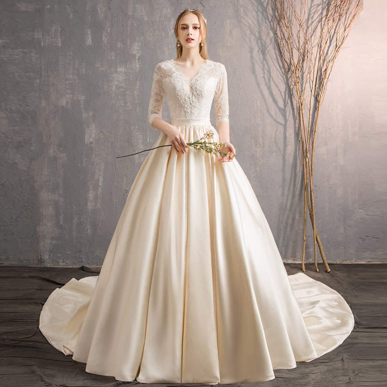 Model Gaun Pengantin Unik