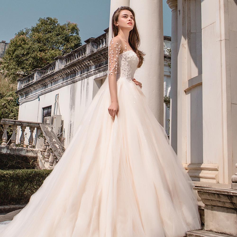 Model Gaun Pengantin Yang Mewah