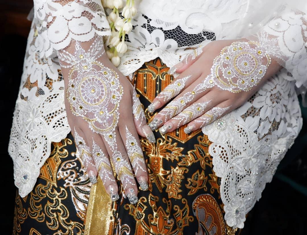 Motif Henna Tangan Pengantin