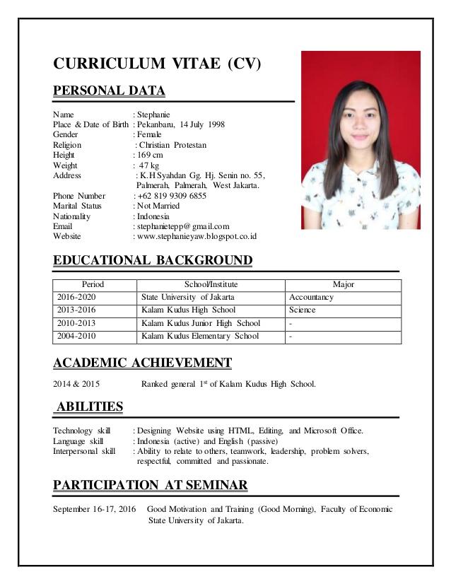 Contoh CV Fresh Graduate Bahasa Inggris