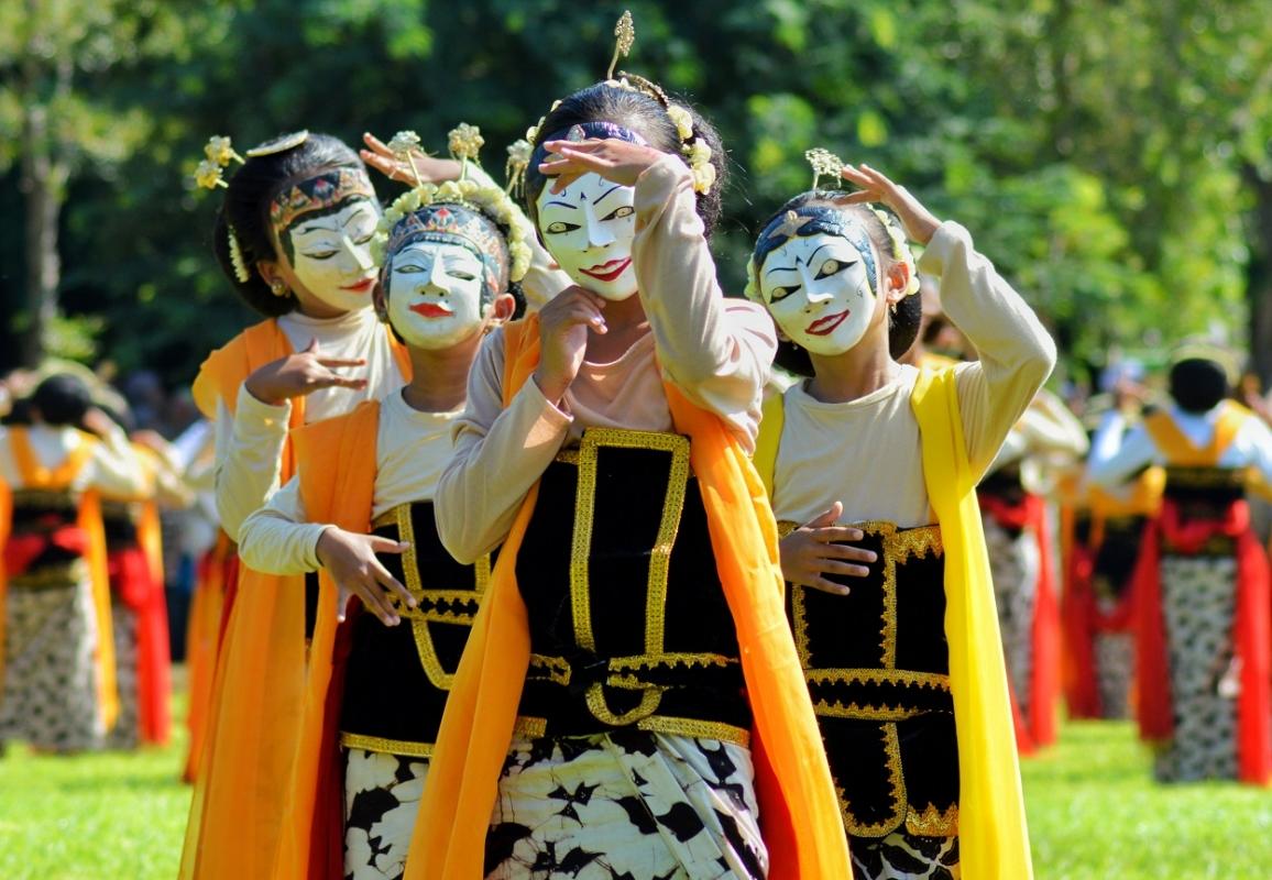 Jenis Tari Topeng Cirebon