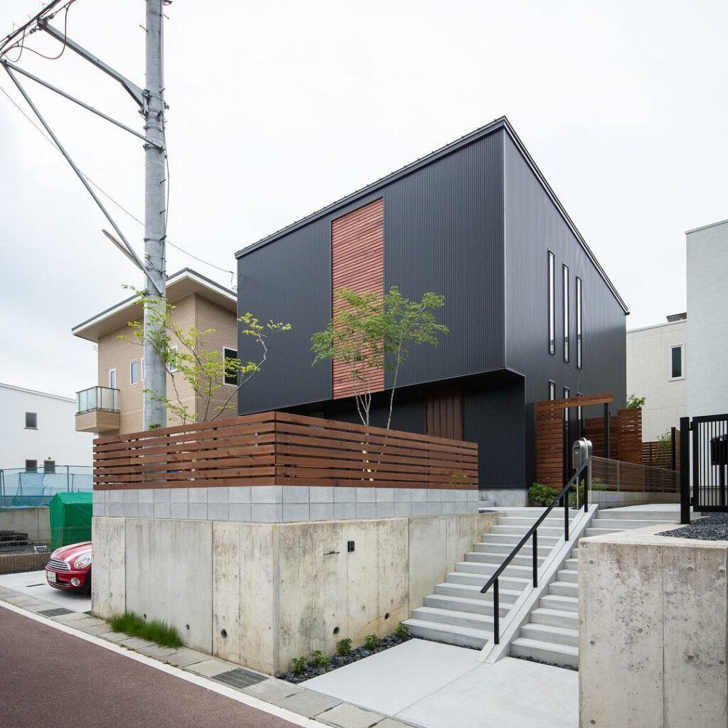 Desain Fasad Rumah 2 Lantai